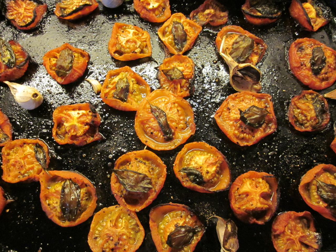 Roasted tomatoes with basil and garlic