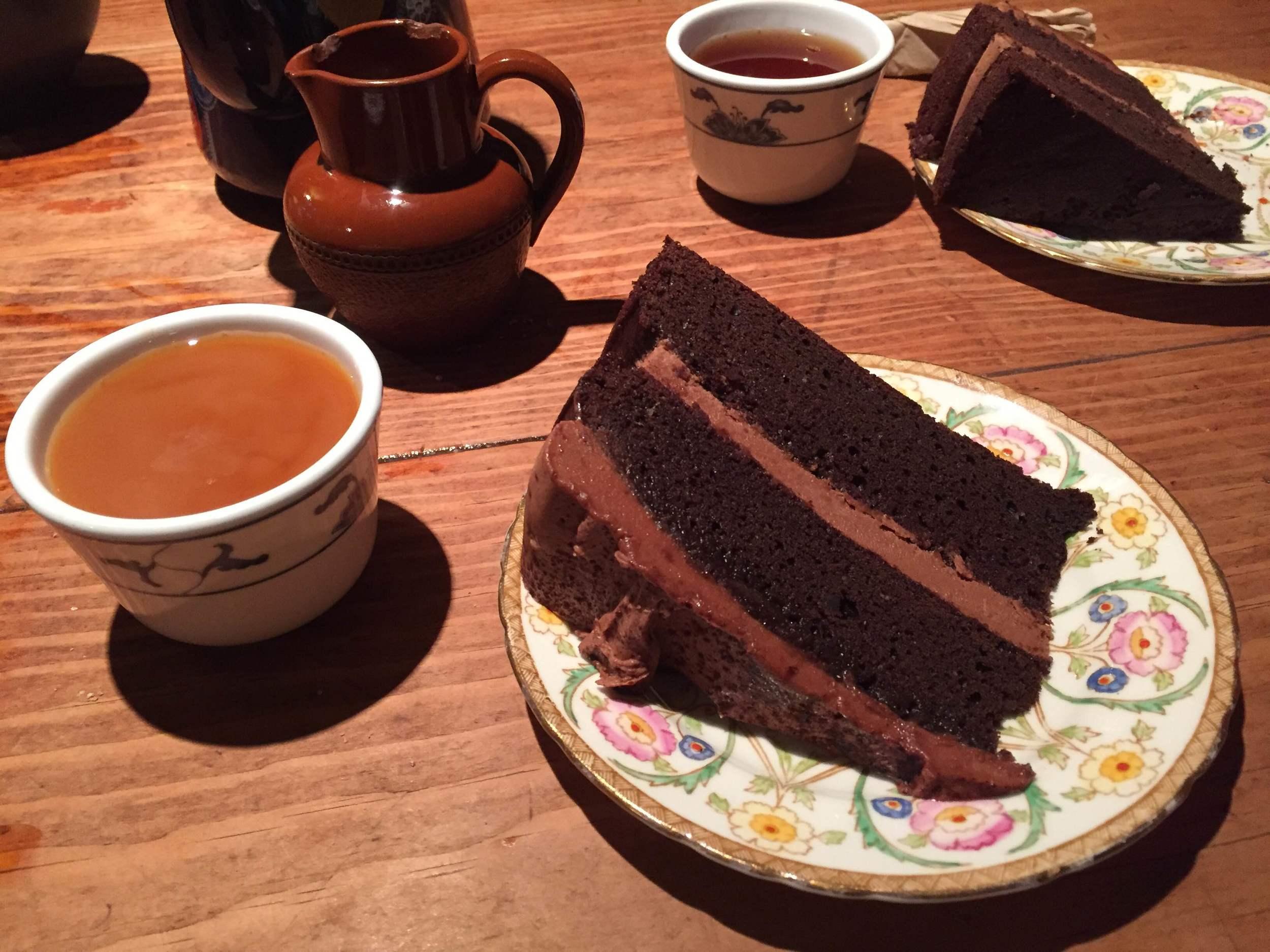 tchai-ovna vegan cake