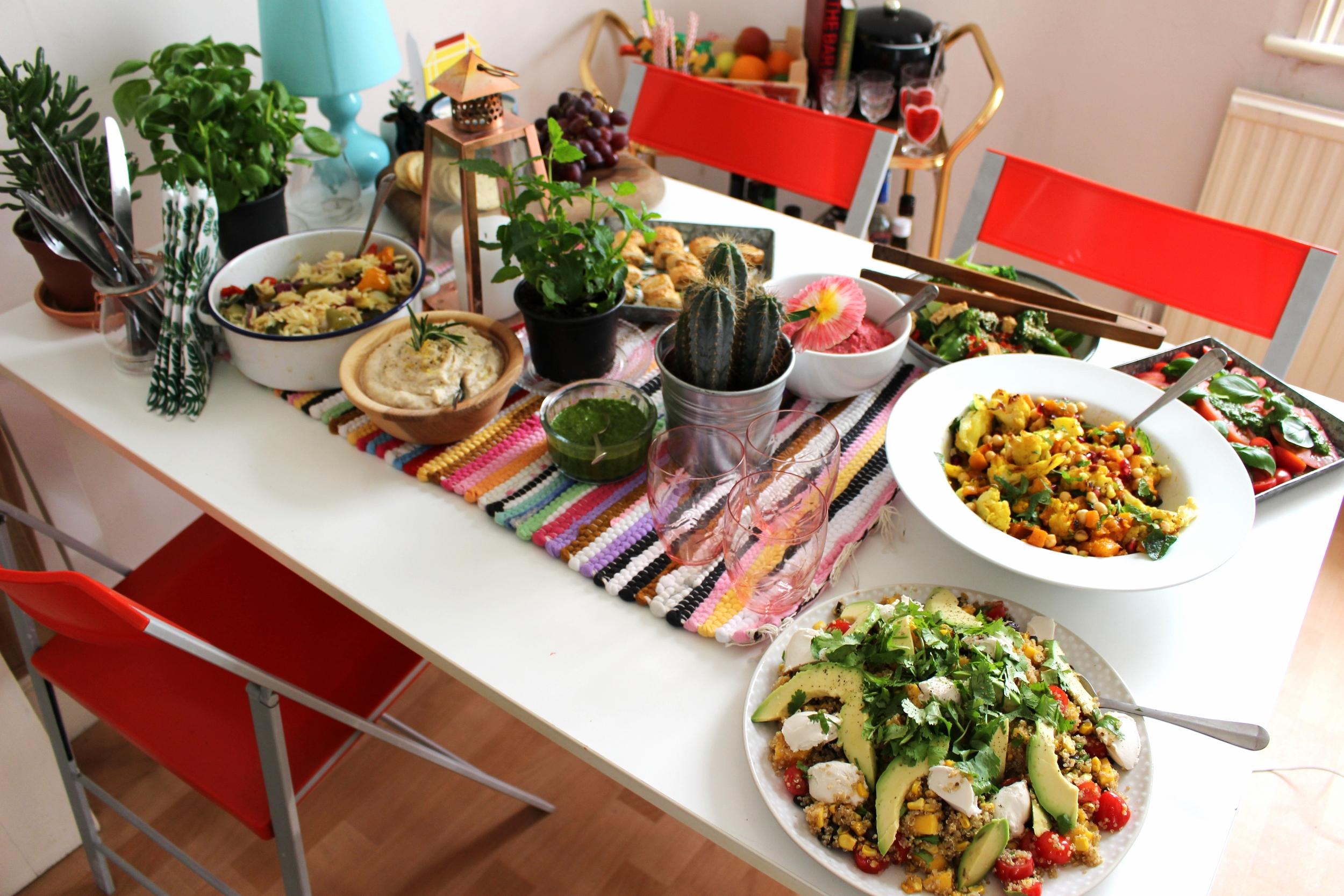 fresh summer salad for vegans