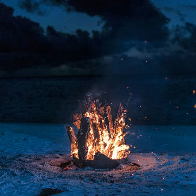 Slow burning on the beach. #bonfire #travel #maldives 📷 #sonya7rii