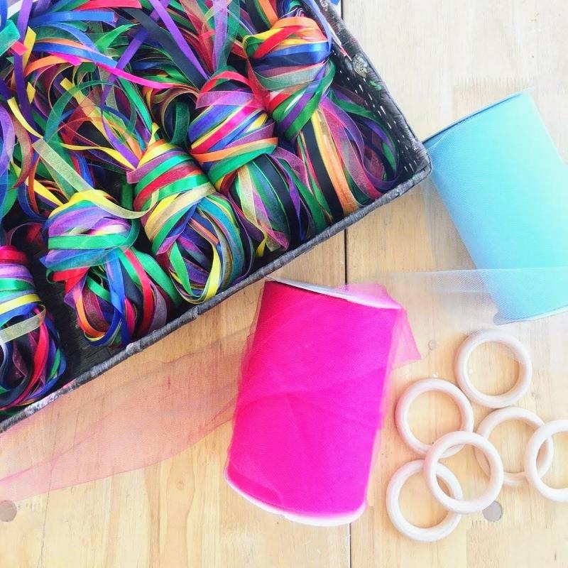 Tinker_Mobile_Hand_Kites_Set_Up_2jpg.jpg