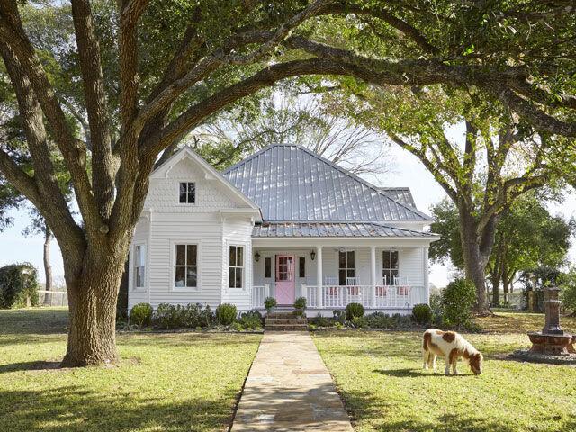 The Victorian Farmhouse -