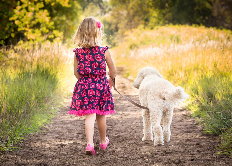 kids-dog-photographer.jpg