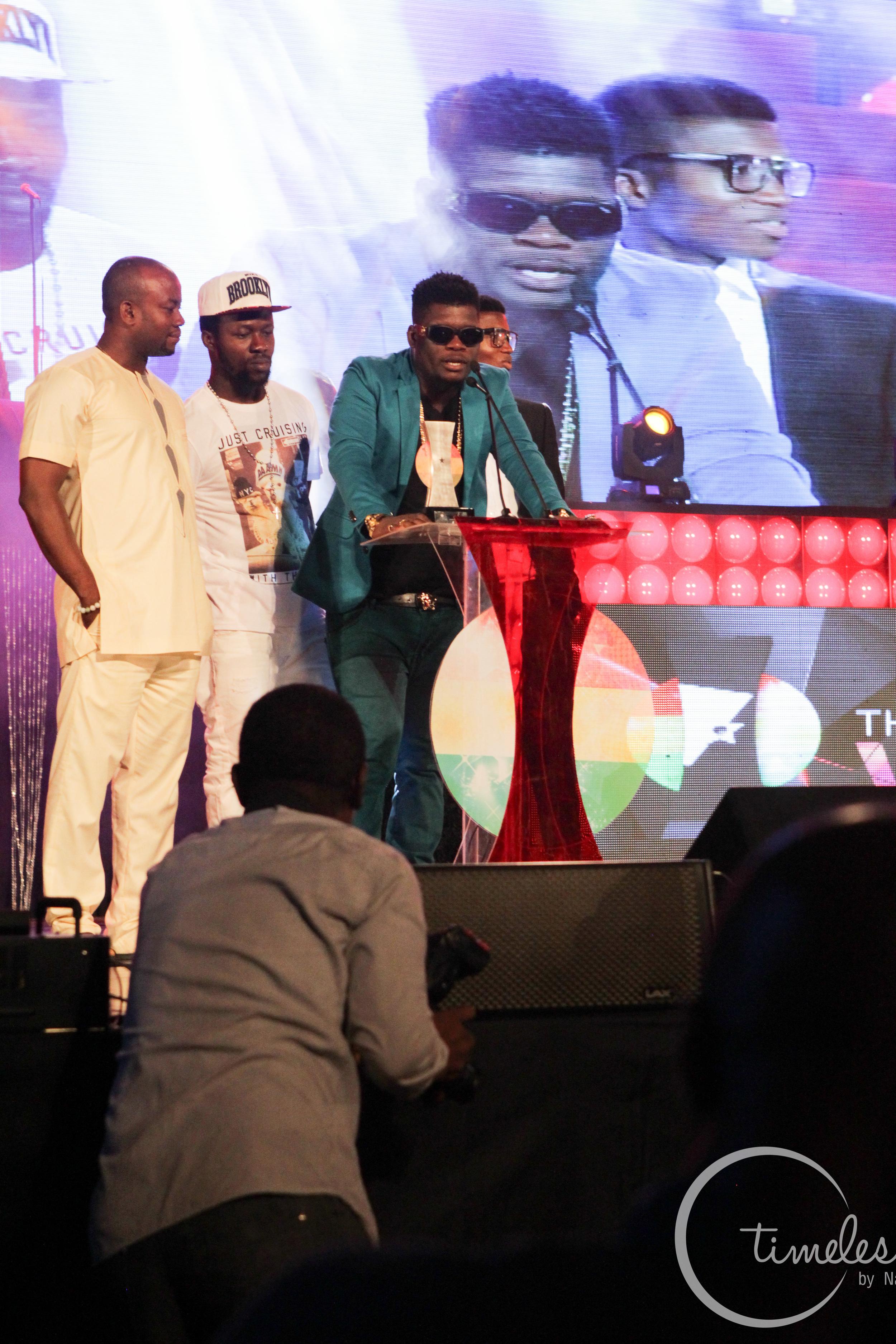 Castro receiving his award at Vodafone Music Awards 2014