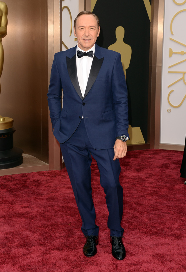 Kevin Spacey looked snazzy his blue Burberry suit.