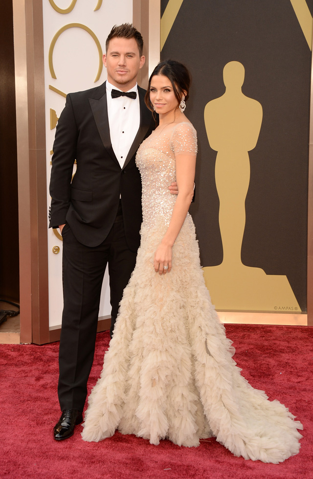 Channing Tatum and Jenna Dewan-Tatum!! Perfection! Channing Tatum looked handsome as ever in a classic black suit, while his gorgeous wife stole the show wearing a sparkling Reema Acra gown.