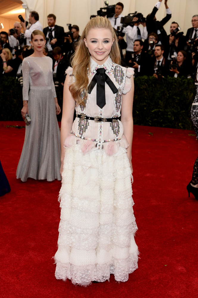 How adorable does Chloe Grace Moretz look in this Chanel number?