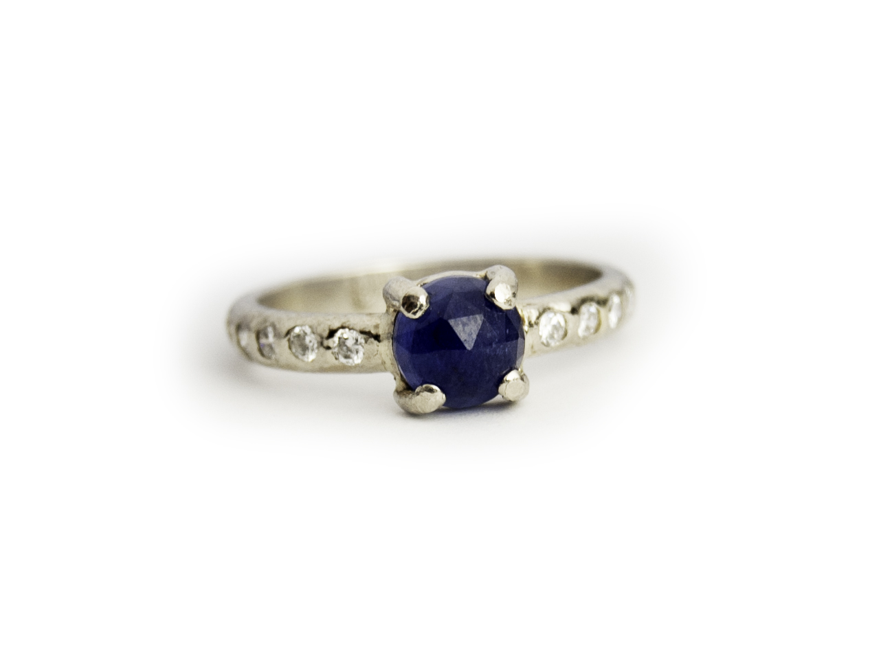 A sapphire engagement ring LMJ created for a custom client.