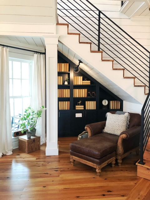 magnolia house living room shiplap