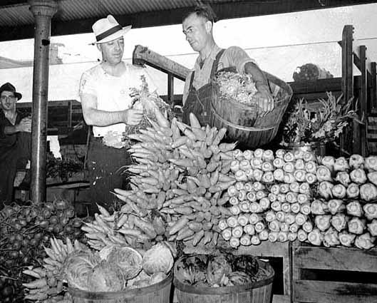 1941 St. Paul Farmer's Market