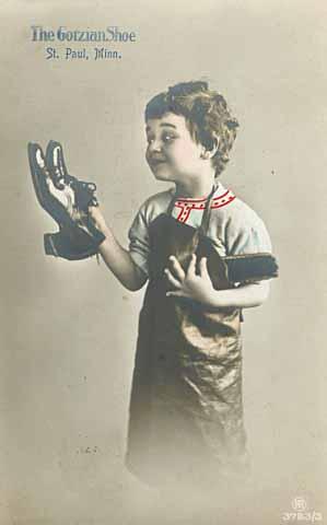 1915 Gotzian Shoe Company Ad