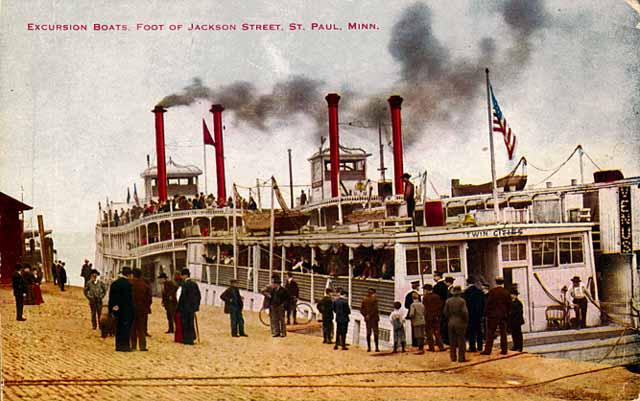 1906 Excursion Steamers at Jackson Street Levee Lowertown Saint Paul.jpg