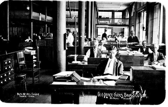 1910 General office, Noyes Brothers and Cutler, St. Paul. Photograph Collection, Postcard Lowertown.jpg