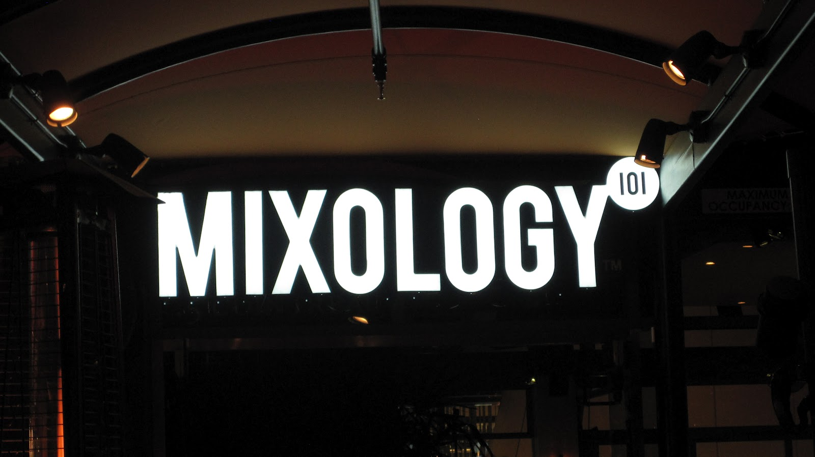 HM Selecta continues his monthly residency at Mixology 101, visited by celebrities from Cee-Lo to Jennifer Lopez. Stop by for a delicious dinner and a drink, or two, and enjoy his highly acclaimed music selection from 8pm to 12am.
