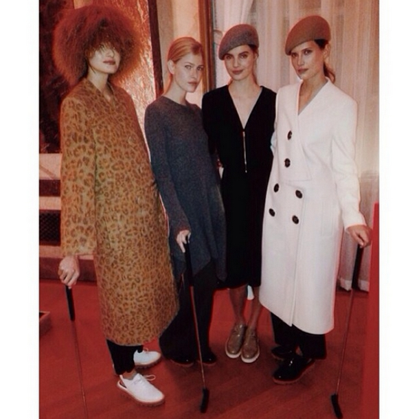 Modelki w projektach Stelli McCartney na sezon jesień 2015/Instagram: @stellamccartney