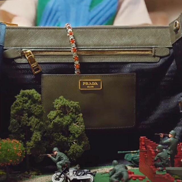 Torba wykorzystana do zabawy w pole bitwy/Instagram: @andreaetlou