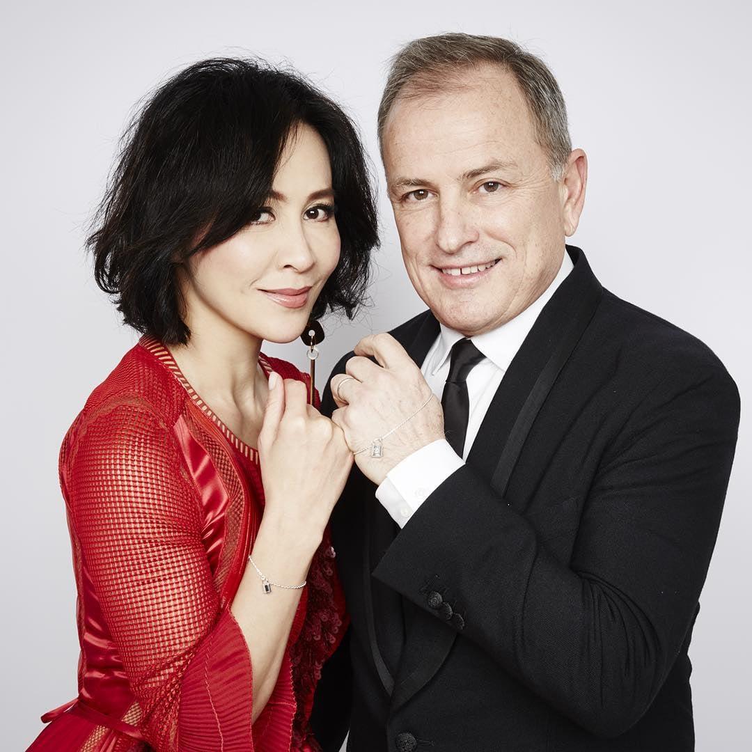 Carina Lau i Michael Burke/Instagram: @louisvuitton