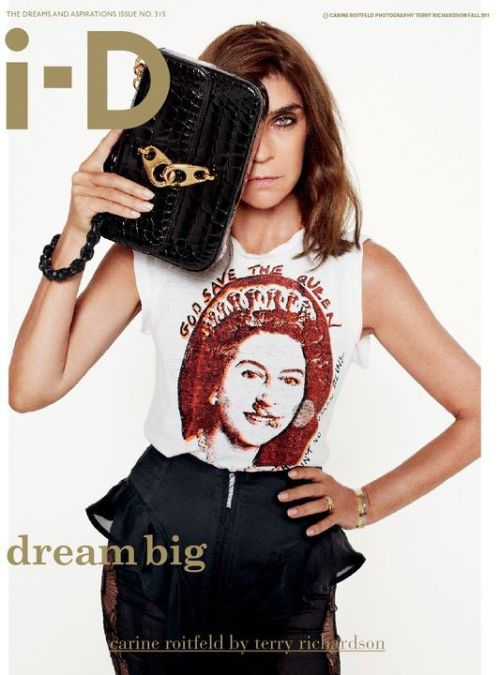 Carine Roitfeld na okładce magazynu ID.