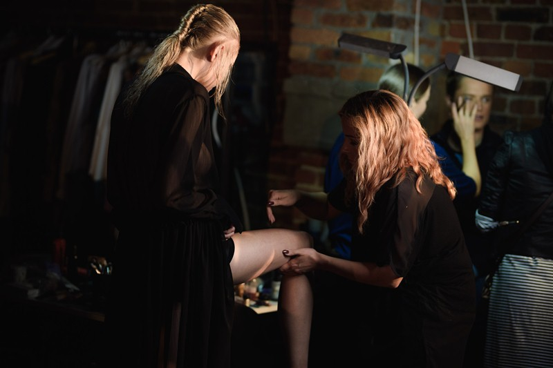 10_PILAWSKI-180518-BACKSTAGE_highres_fotFilipOkopny-FashionImages.jpg