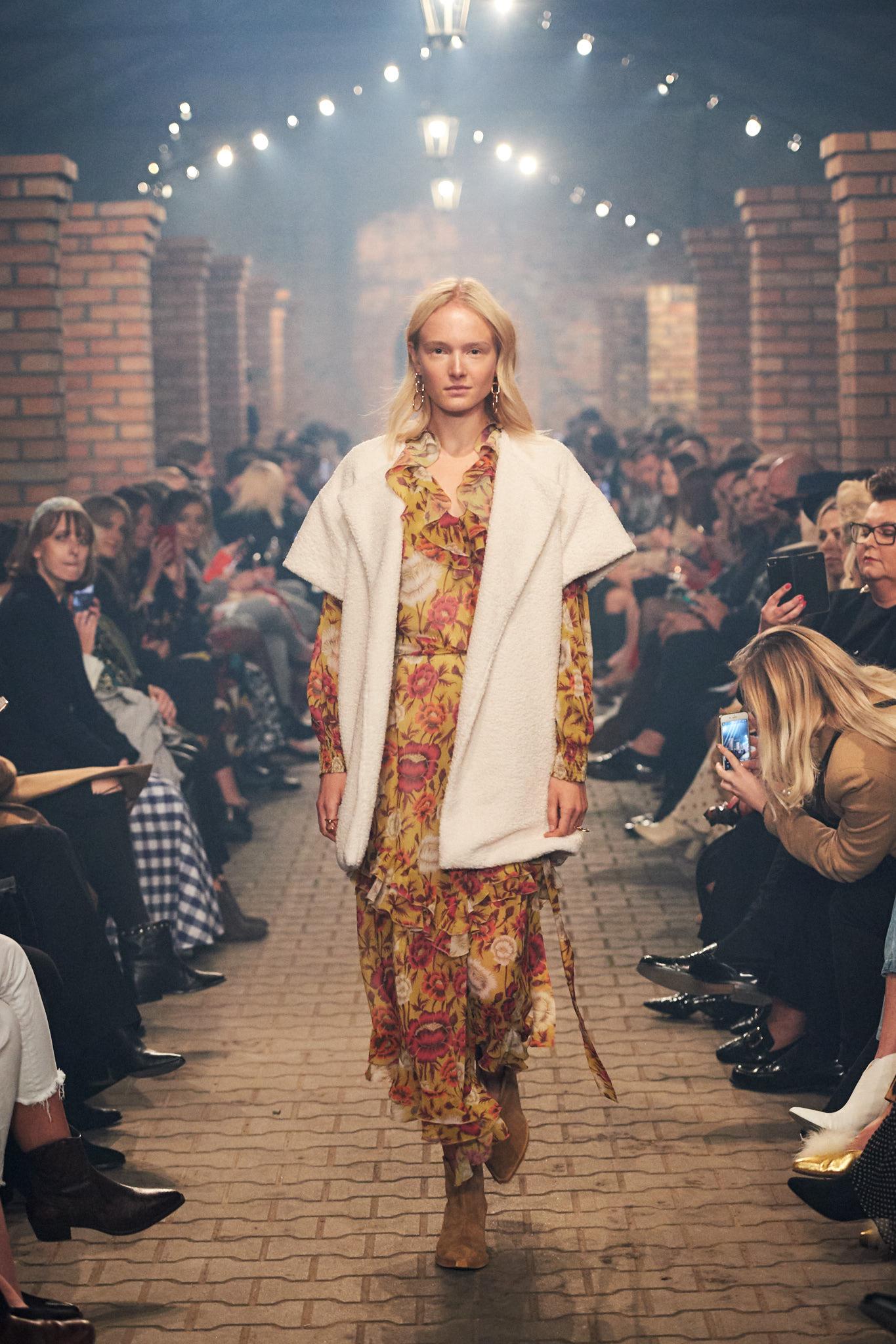 52_BIZUU_240919-lowres-fotFilipOkopny-FashionImages.jpg