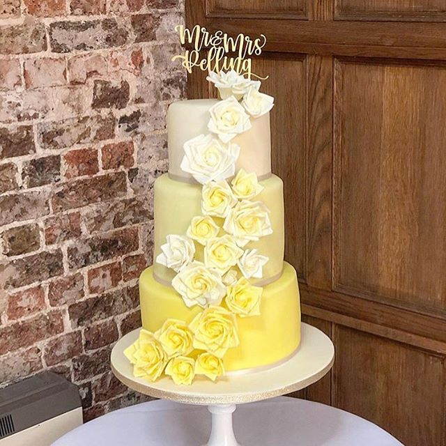 Stunning cake by @emmascakesnbakes from Saturday's wedding for Stuart and Sian. The stunning yellow tones were carried throughout the wedding theme including the bridesmaids dresses.  #folkingtonmanor #exclusiveweddings #weddingvenue #sussex #weddingcake #weddingplanning #myweddingvenue #myfutureweddingvenue