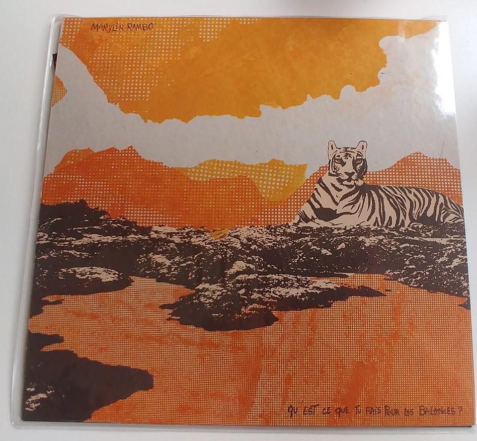 """Lot #8  Ce disque de Marylin Rambo intitulé """"Qu'est-ce que tu fais pour les balances?"""" ravira les fans de Félix Gray et Didier Barbelivien."""