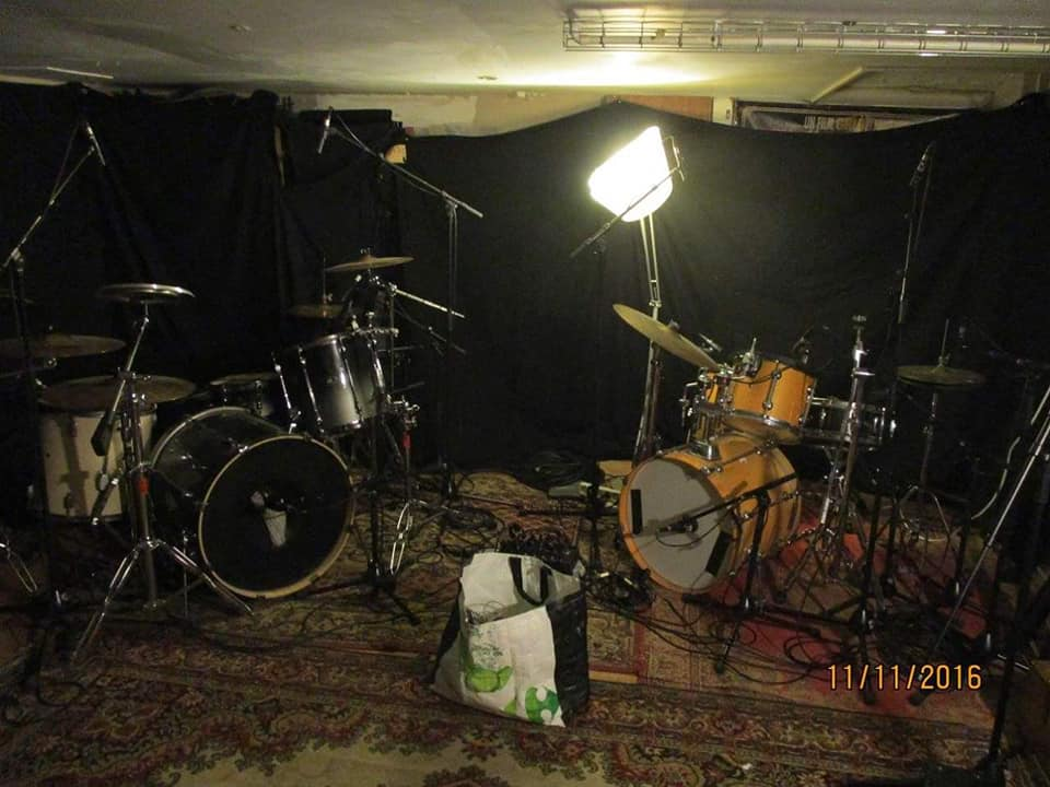 vivivi-recording-3.jpg