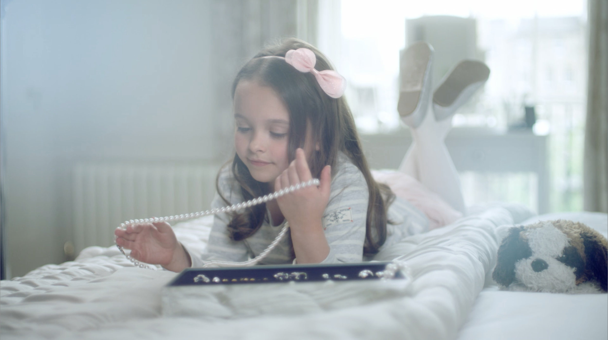 LAING: IT'S A FAMILY THING   Commercial for Laing Edinburgh Airing on Sky Television.