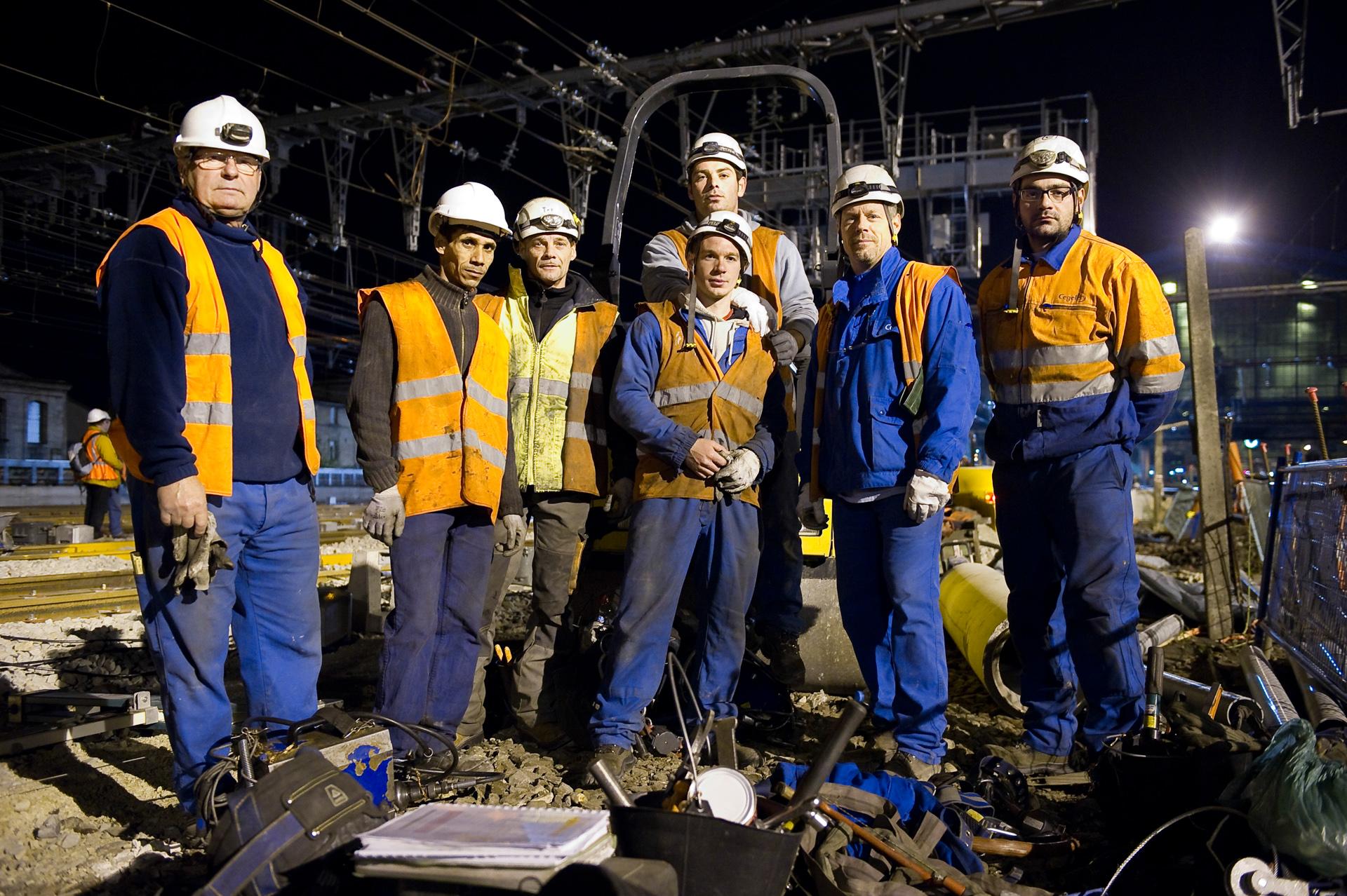 Travaux de suppression du bouchon ferroviaire de Bordeaux - Terrassement des quais + Construction à Tregey + Remblaiement des blocs techniques à Gambetta le 15 Mai 2010