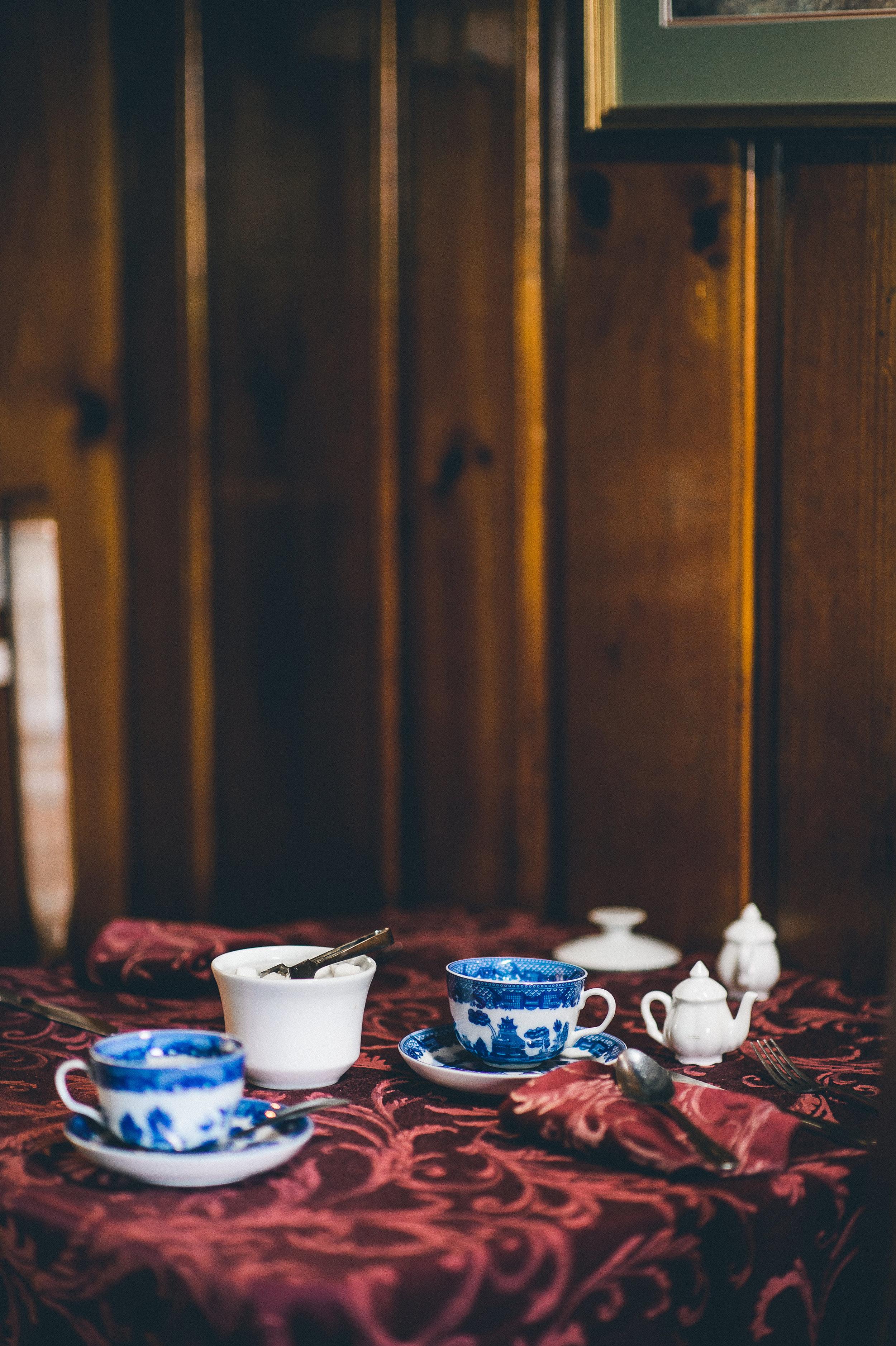Tell New England Tea - Selects-0021.jpg