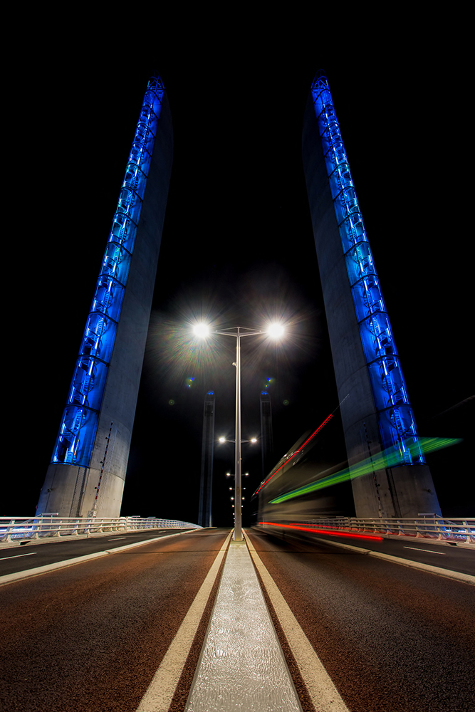 Le pont Chaban Delmas de nuit