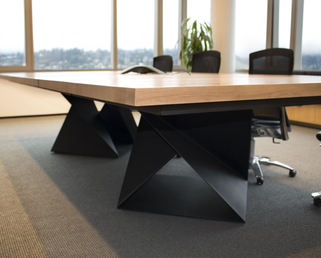 Conference_Table_StoelRives_Detail.jpg