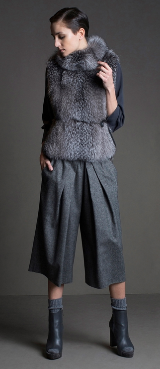 http://www.style.com/slideshows/fashion-shows/fall-2015-ready-to-wear/brunello-cucinelli/collection/4
