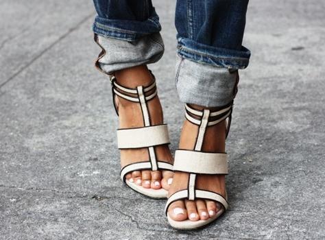 https://bellabox.com.au/beautyguide/style-sunday-happy-strappy-feet