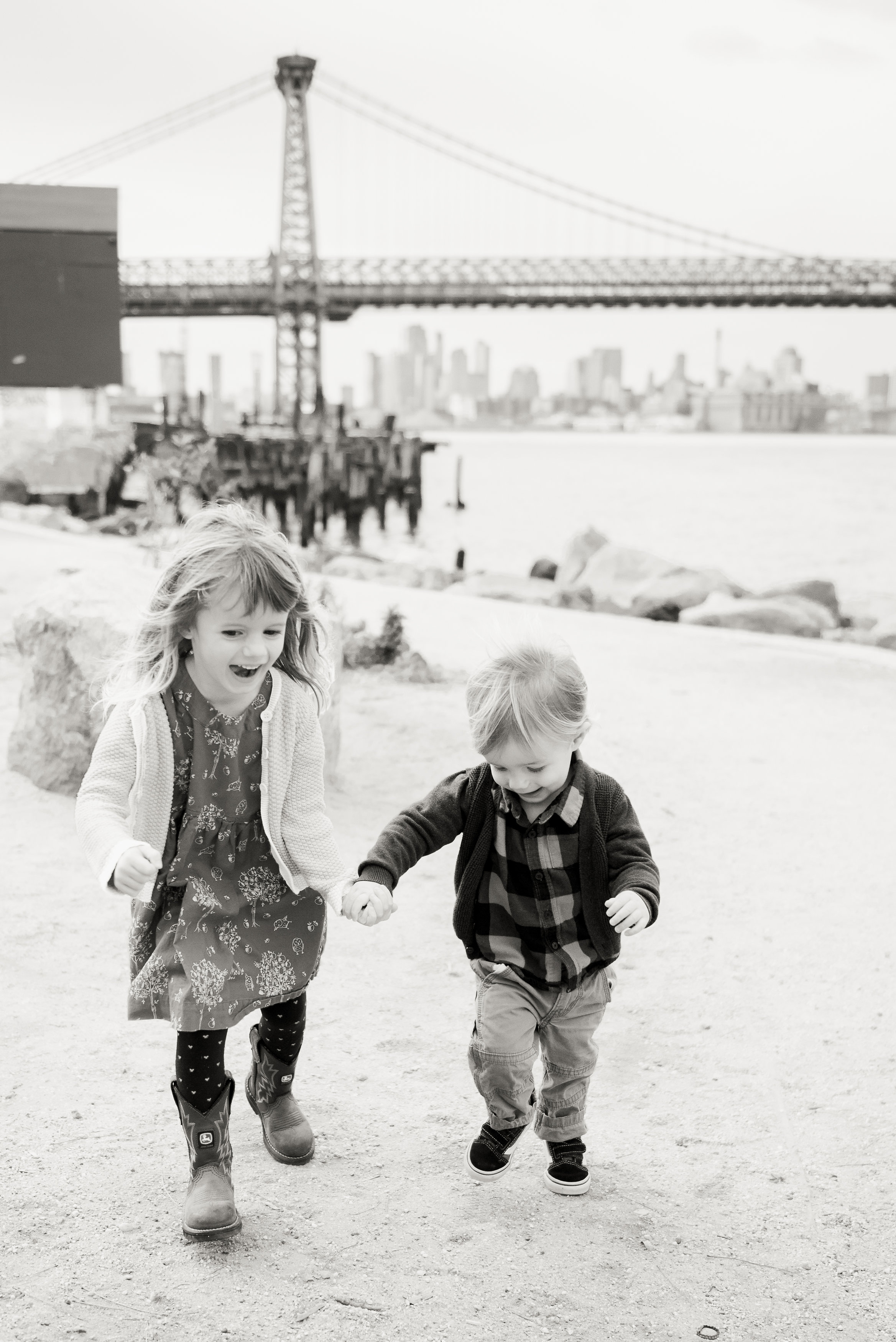 NYC_brooklynwilliamsburgpfamilyphotography03.jpg