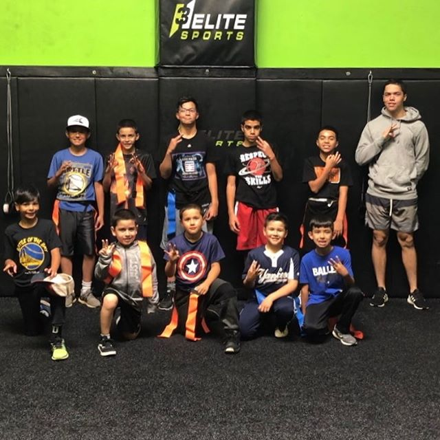 Class schedule is up for the rest of this month. Please call for 1on1 & Sm. Group classes. Summer Camp is in Full Effect and the kids are having a blast 👊🏻 HS kids are getting ready for Football, College kids are back and getting it in and passing on that knowledge. I couldn't be more blessed of the atmosphere we've created where the young athletes look up and mimic the veteran players! 🙏🏻 #blessed #givingback #h3elitesports #h3original #whosnext #givingback #onestopshop #footballcoach #baseballcoach #basketballcoach #coachlife #oneononetraining #smallgrouptraining #teamtraining #comegetsome #letsgo #yougetoutwhatyouputin #dontwishforitworkforit #localgym #speedandagility #strengthandconditioning