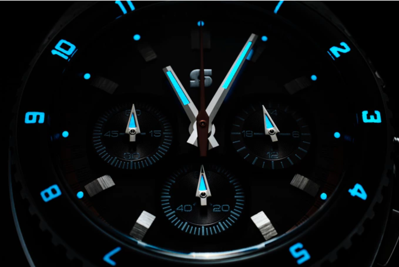 Straton_Legera_watch_-_bold_retro_styling__by_Straton_Watch_Co__—_Kickstarter-2.png