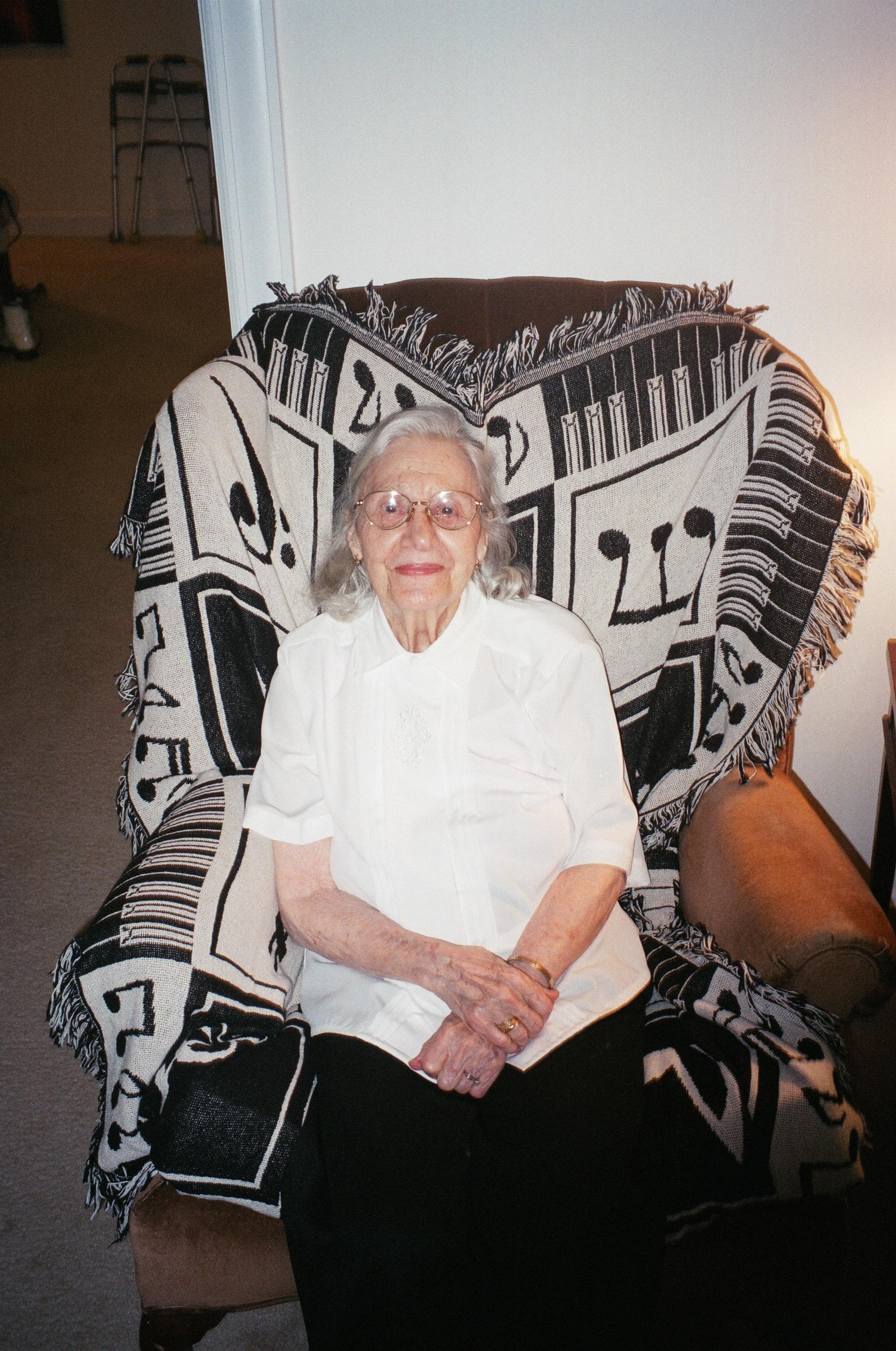 grandma linda.JPG