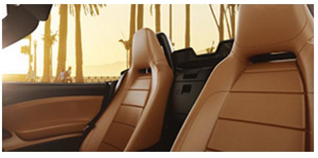 BLACK CLOTH SEAT WITH BLACK INTERIOR (standard on Abarth 500 & Cabrio)