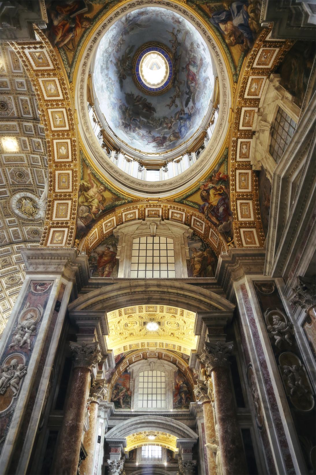 St Peter 0961 Blur.jpg
