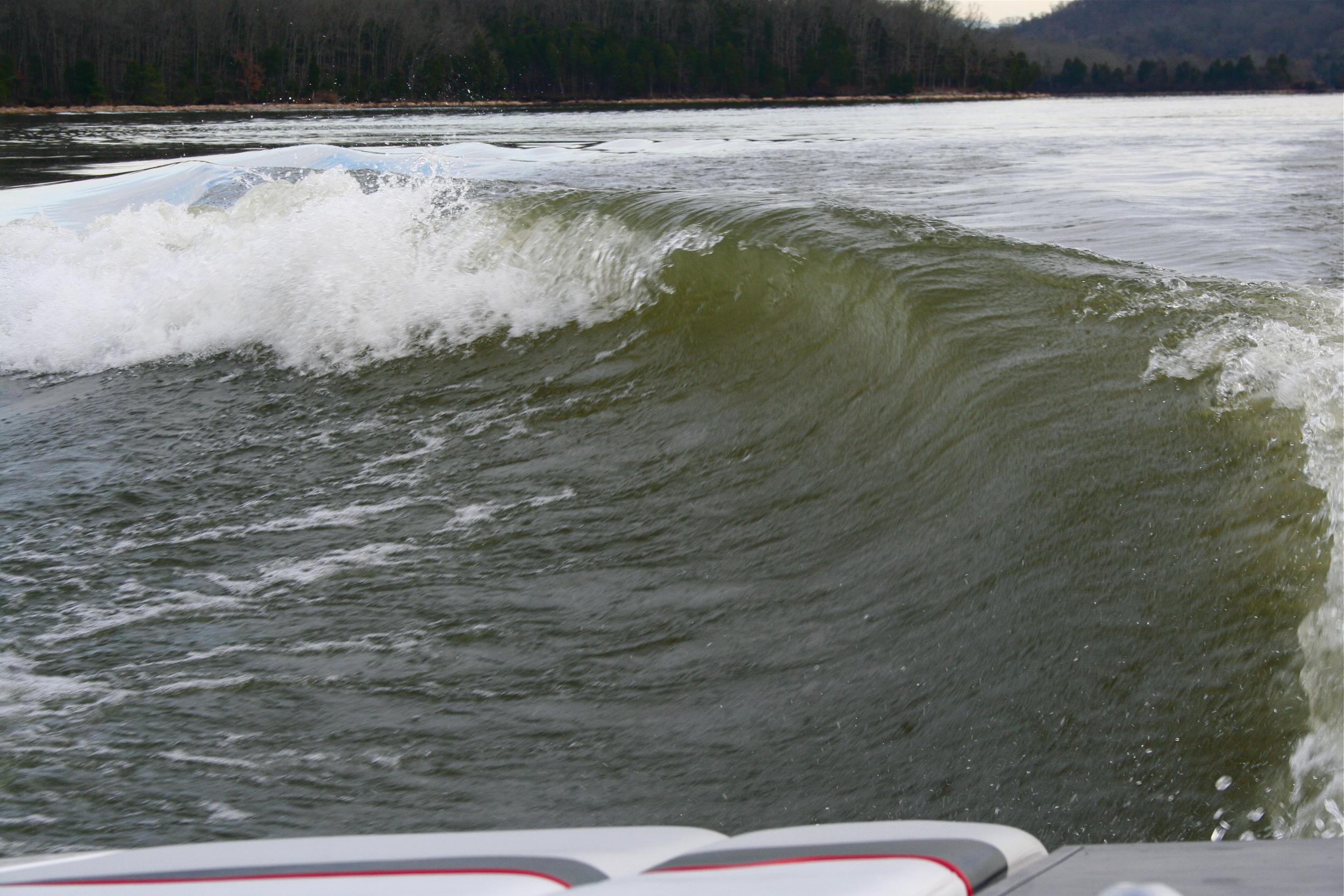 Moomba Wave.JPG