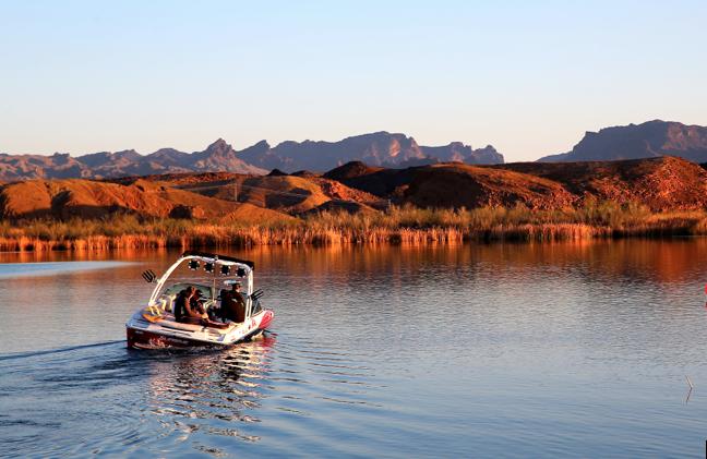 Arizona-wakesurfing