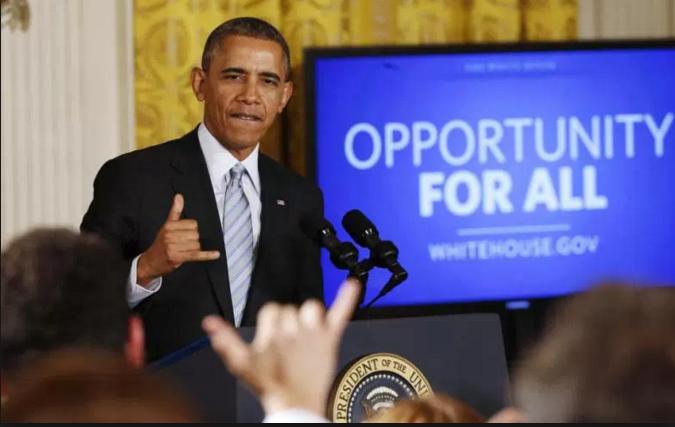 "President Obama, native Hawaiian, and big fan of saluting the ""Shaka"" (obamadiary.com)"