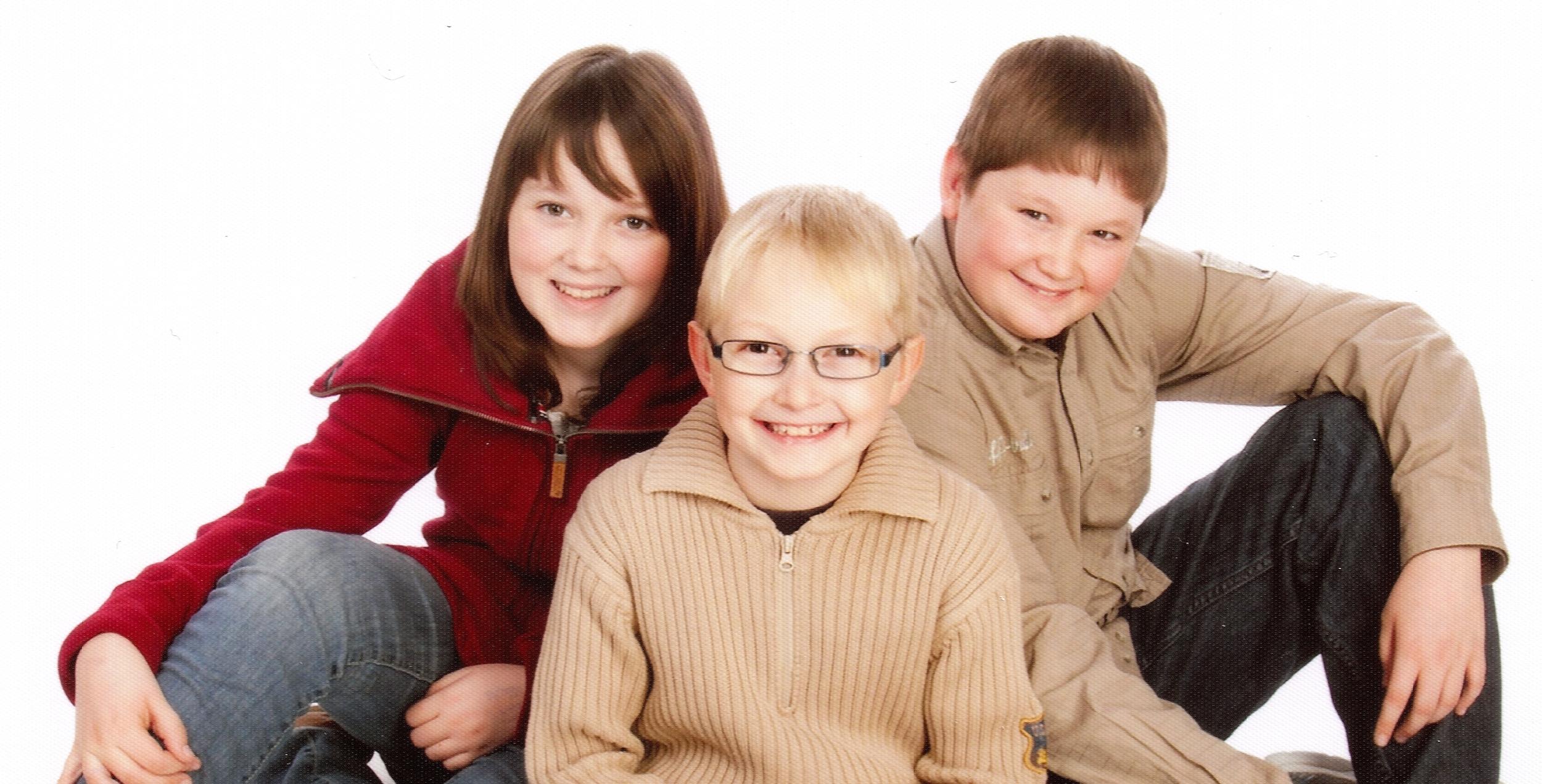 KidsSitting2012Cropped.jpg