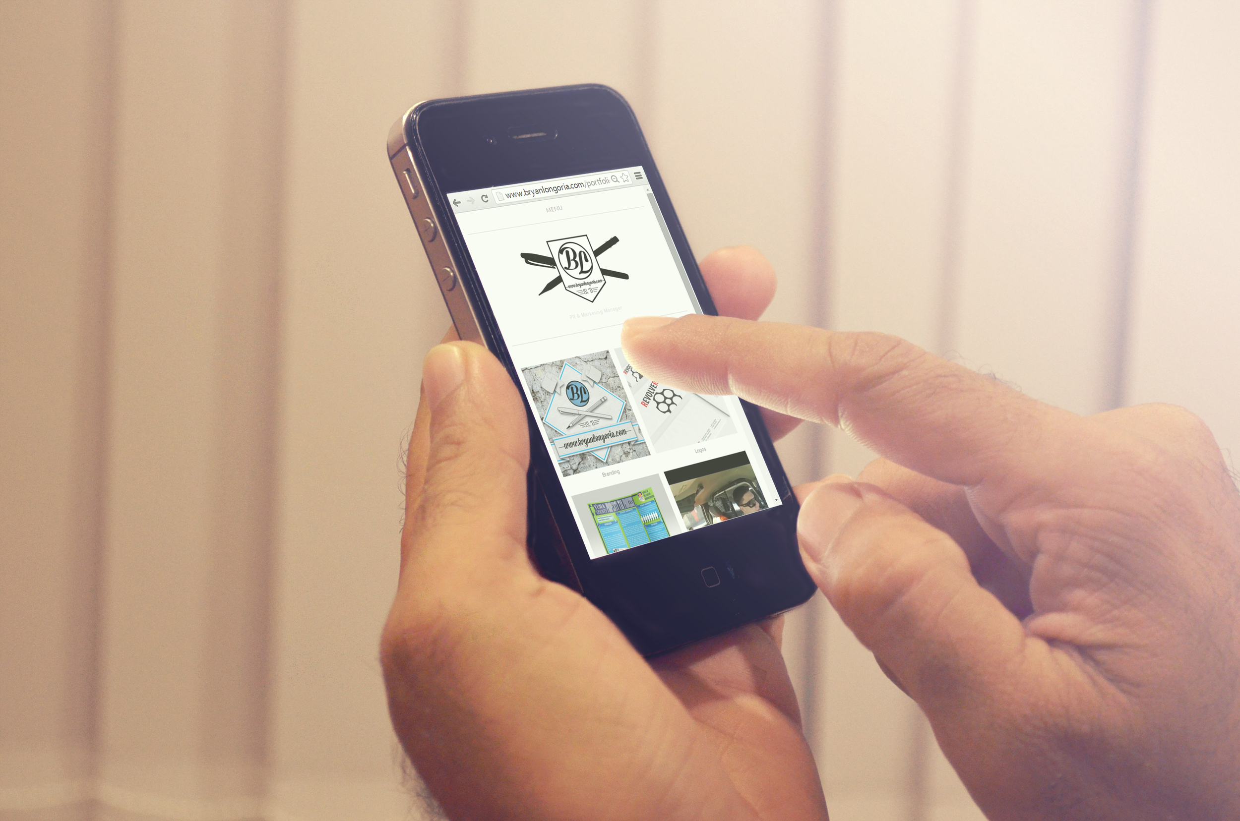 Free Photo-Real iPhone 5 PSD Mockup