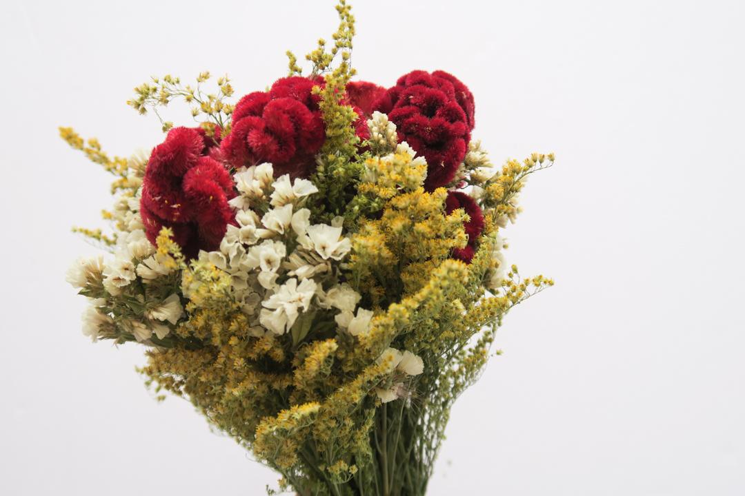 diy-dry-flower-centerpiece-sml-10.jpg