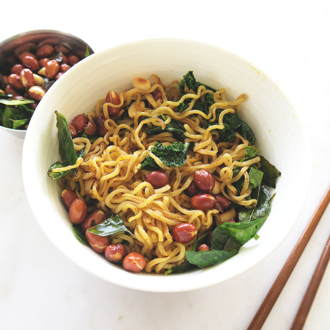 masala instant noodle recipe with roasted peanuts