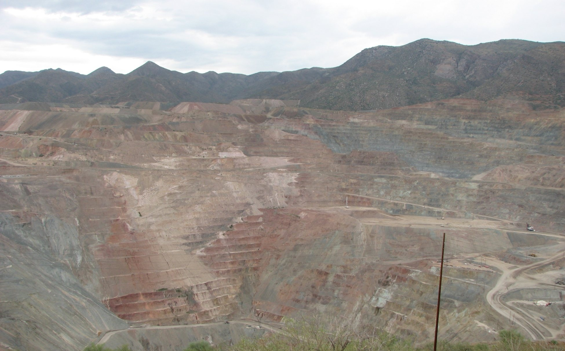 La licencia social se obtiene con la aprobación de la comunidad de los beneficios de la minería sobre los impactos.