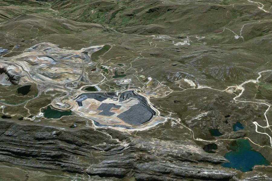 Este curso abarca las principales interacciones entre las instalaciones mineras, cuerpo de agua subterránea y bofedales.