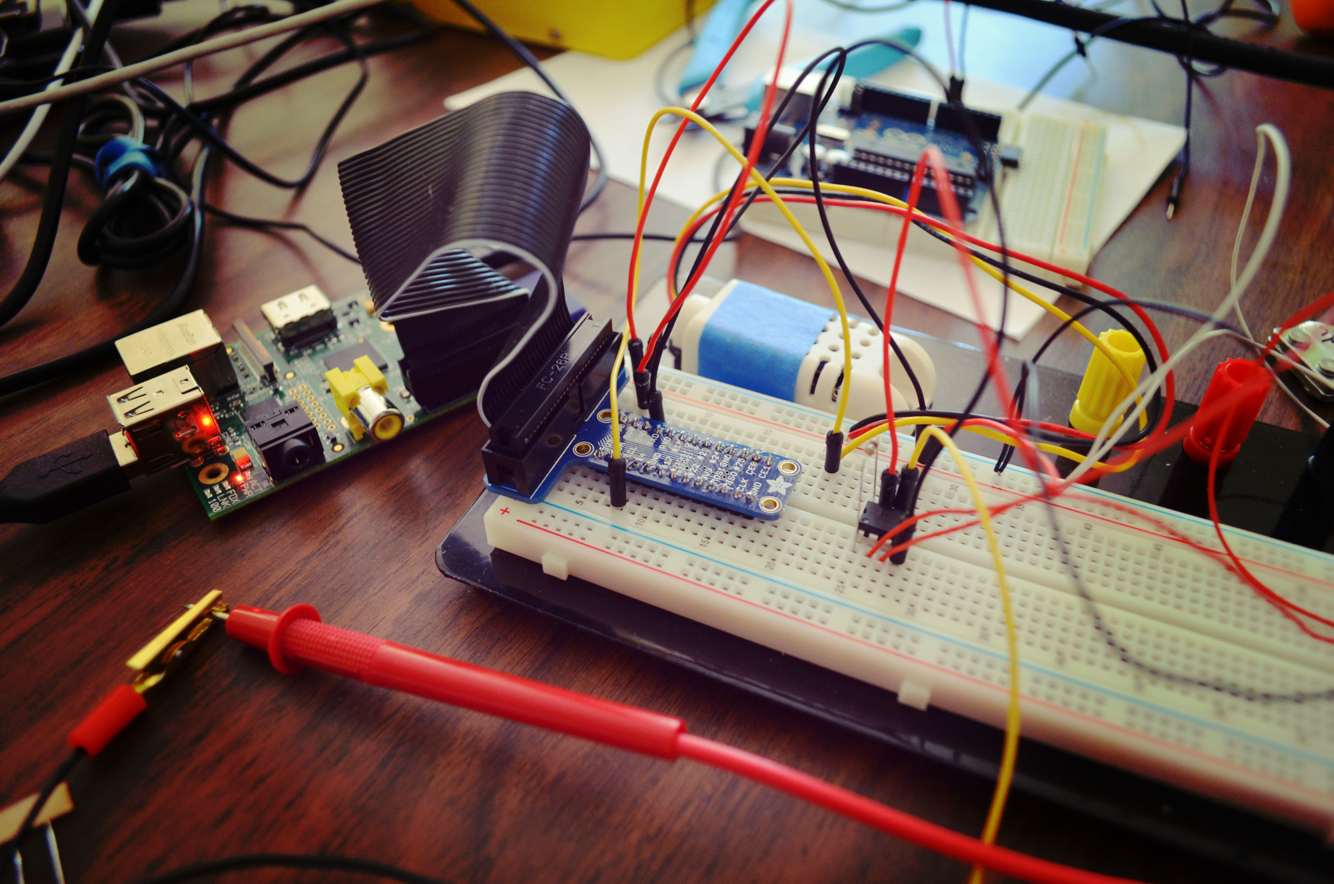Circuit w/ op-amp measuring analog voltage difference on weight sensor